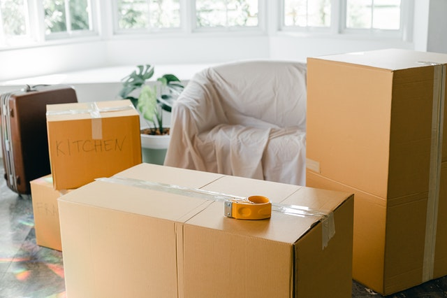 moving home boxes